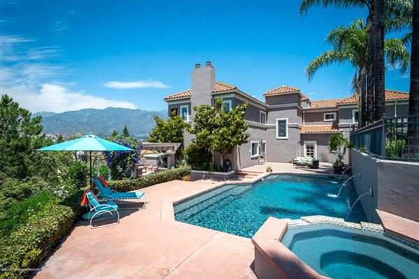 Luxury properties a California Traditional that radiates grandeur and elegance