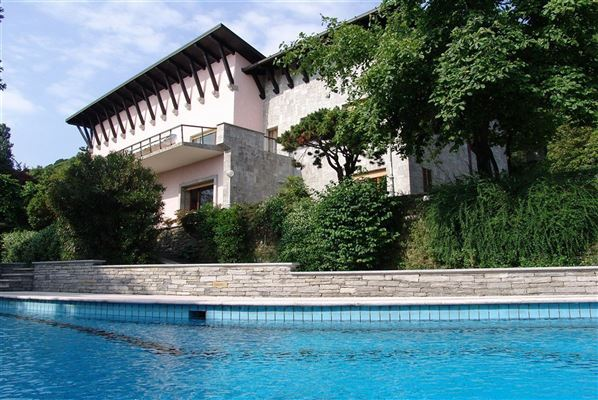 Luxury homes renovated villa overlooking Lake Maggiore