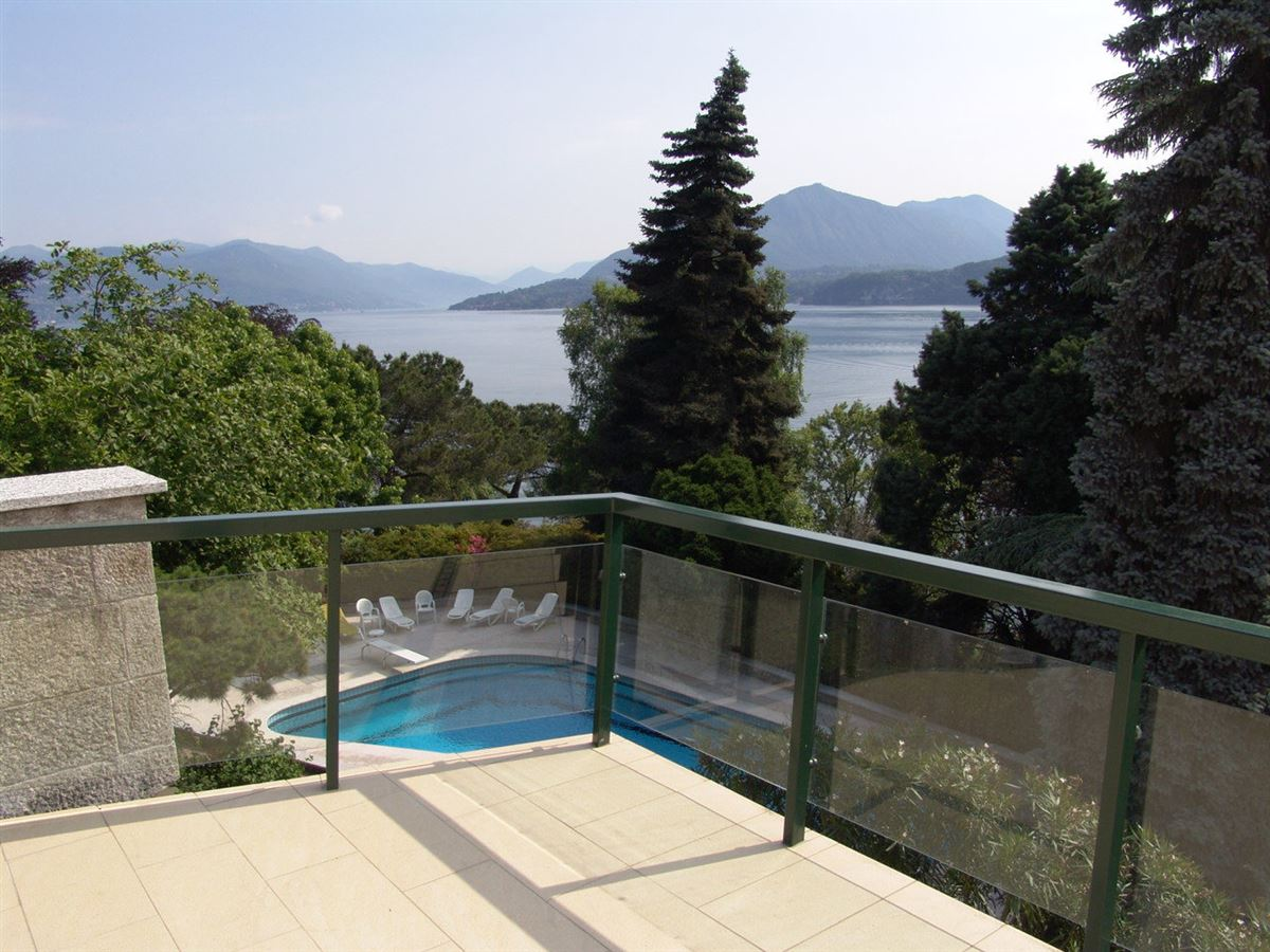 Luxury properties renovated villa overlooking Lake Maggiore