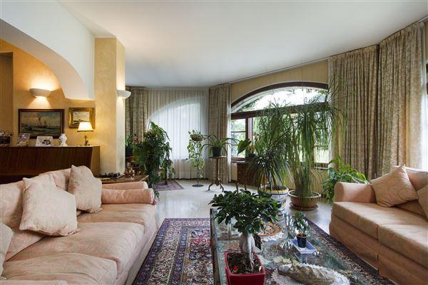 recently restored charming villa luxury homes