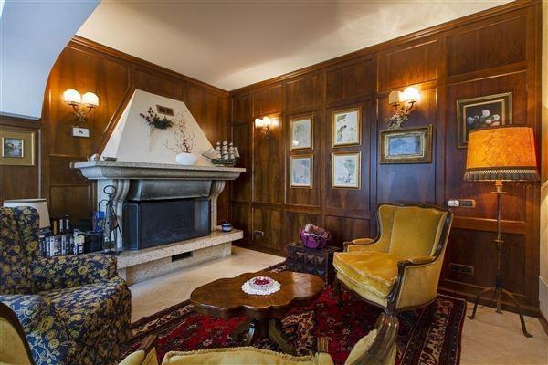 Luxury real estate recently restored charming villa