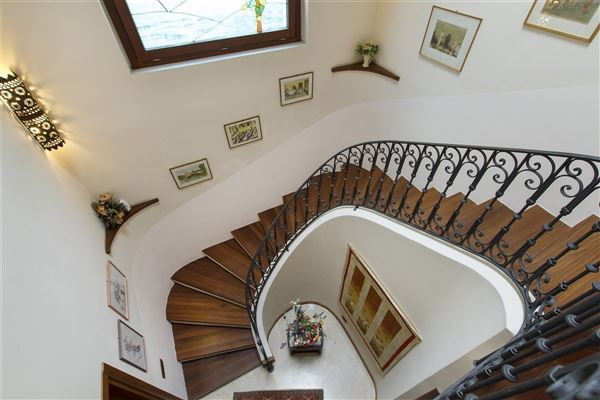 recently restored charming villa luxury properties