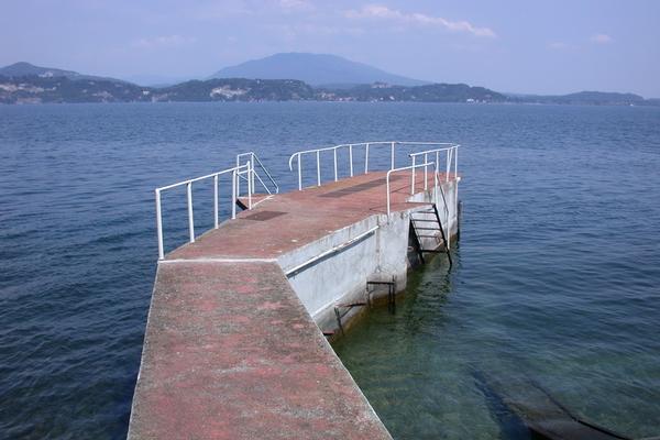 Luxury homes Exclusive Lakefront Villa