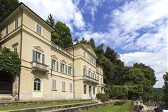 Mansions carefully restored villa in orta