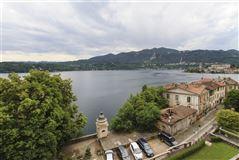 Mansions in carefully restored villa in orta