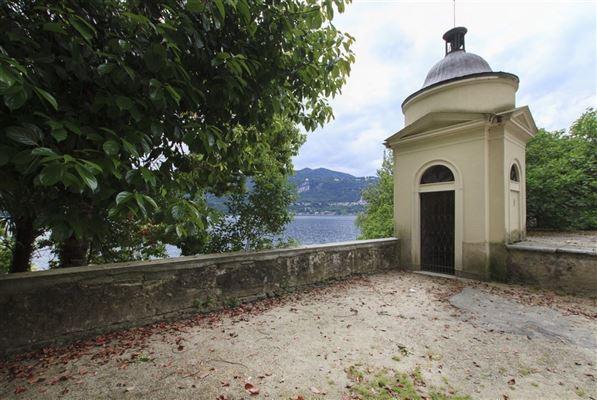 carefully restored villa in orta luxury homes
