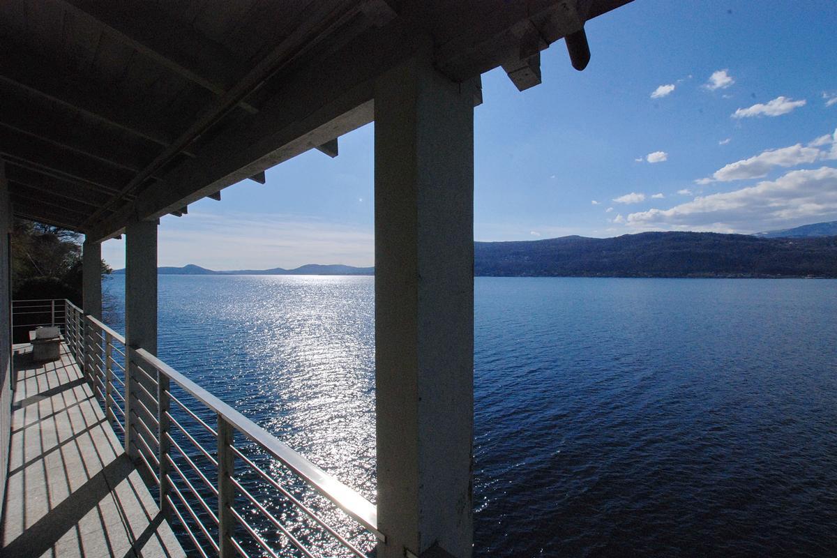 Mansions ultimate privacy on Lake Maggiore