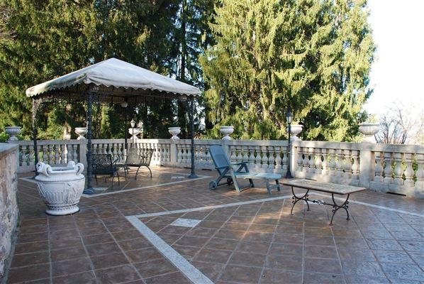 Luxury homes completely restored historic villa