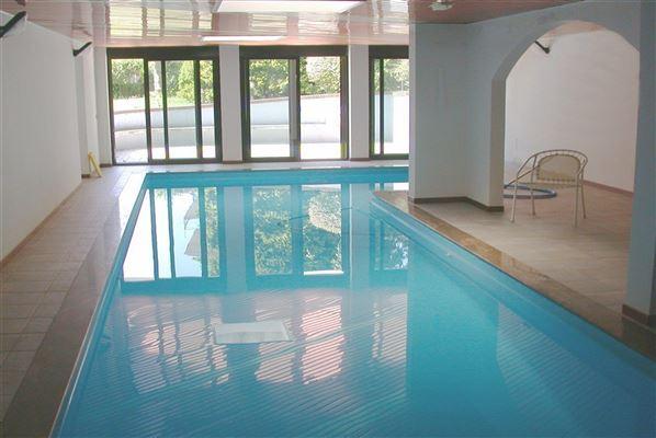 Luxury real estate centrally located Arona villa