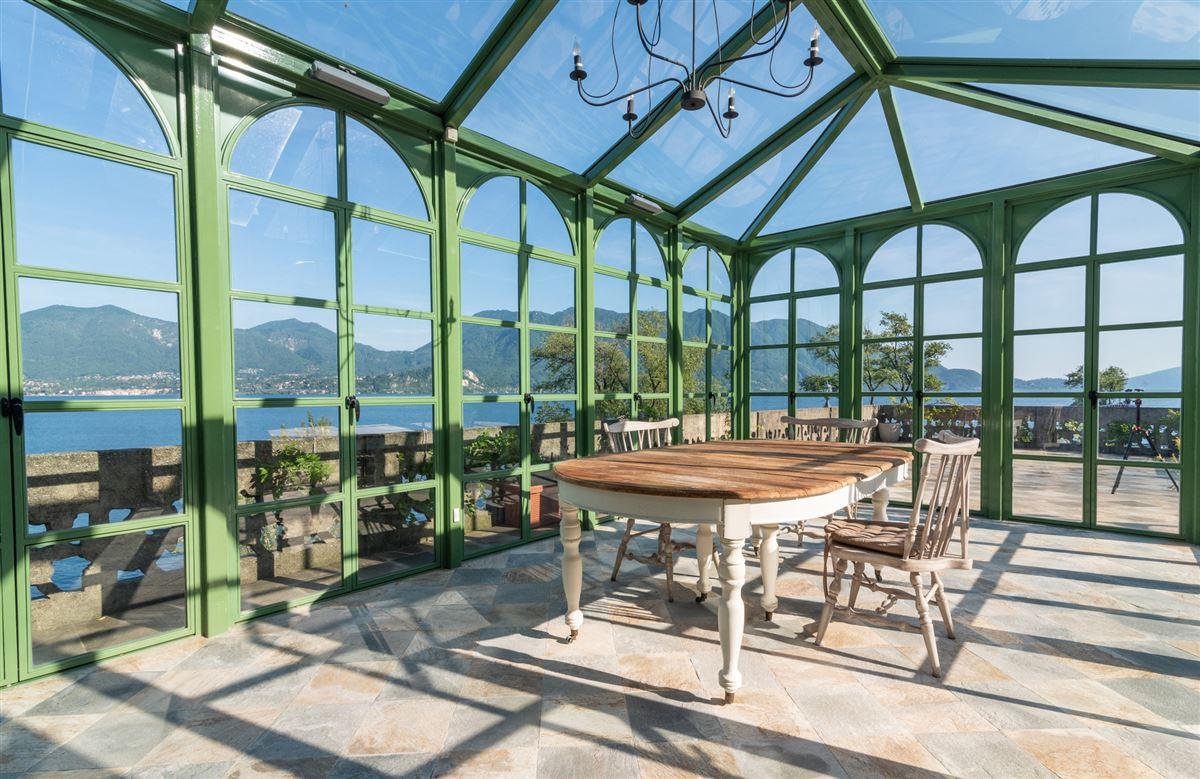 period villa on Lake Maggiore luxury homes