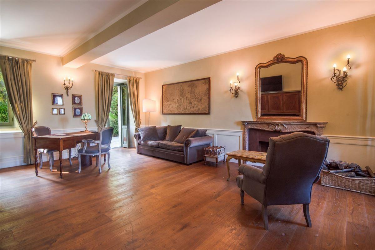 period villa on Lake Maggiore luxury real estate