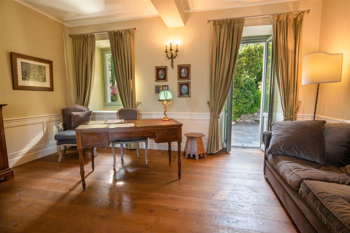 Luxury properties period villa on Lake Maggiore