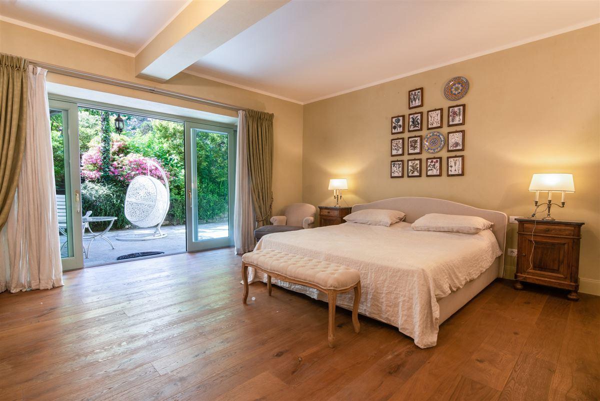 period villa on Lake Maggiore mansions