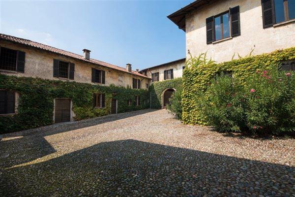 Luxury homes in prestigious historical property