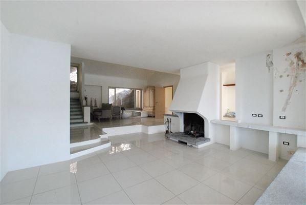 Luxury homes unique property in Leggiuno