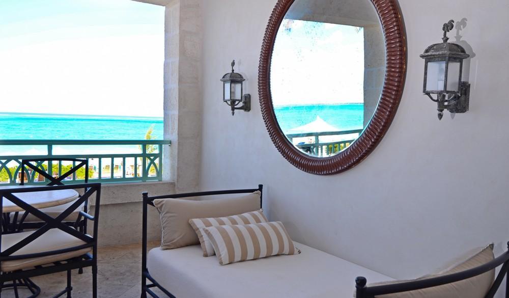 Luxury properties The Palms Turks and Caicos Beachfront Condo
