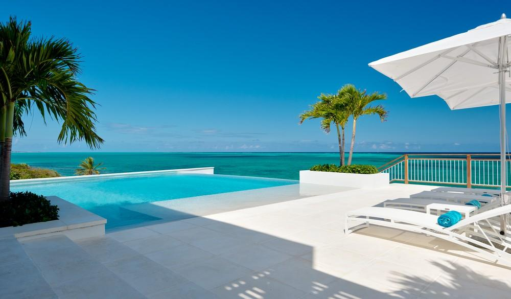 Villa Cerulean luxury homes