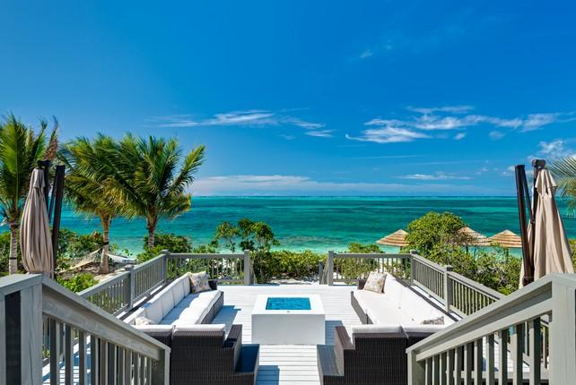 Luxury homes in Beachfront Villa Cascade