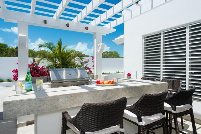 Beachfront Villa Cascade luxury homes