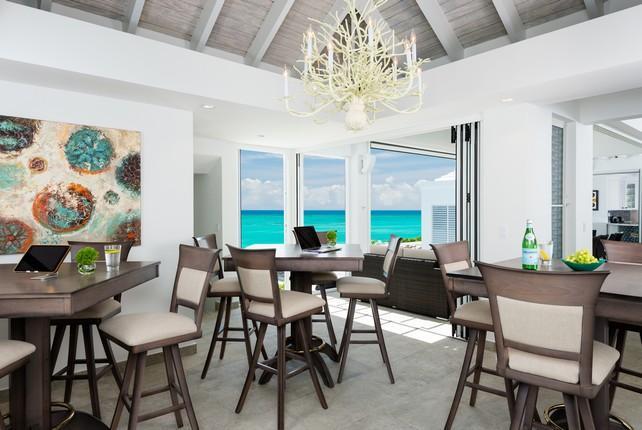 Luxury homes Beachfront Villa Cascade