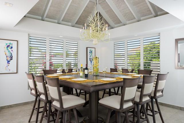 Luxury real estate Beachfront Villa Cascade