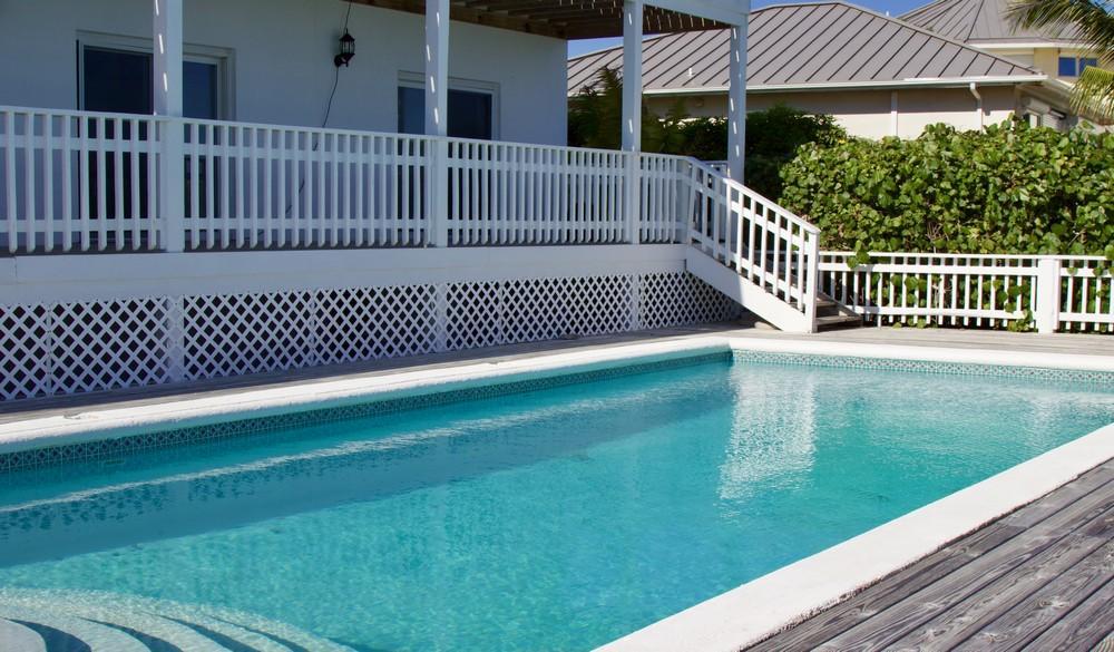 Mansions in Chalk Sound Villa