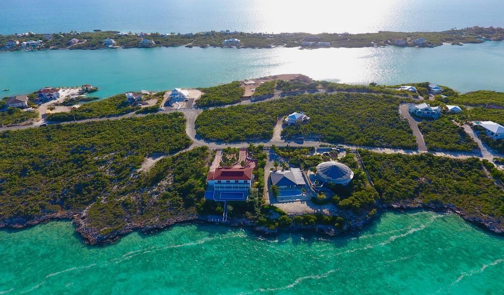 Luxury properties Chalk Sound Villa