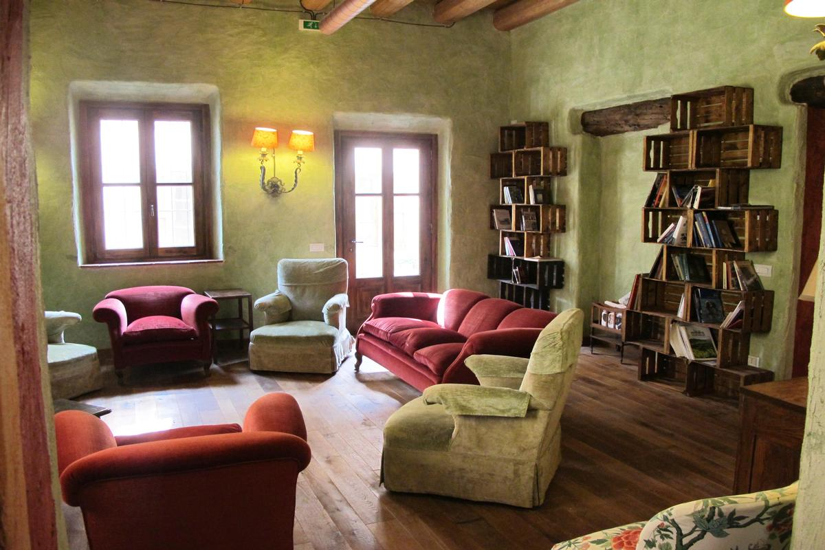 Luxury homes in organic farm with great accommodation