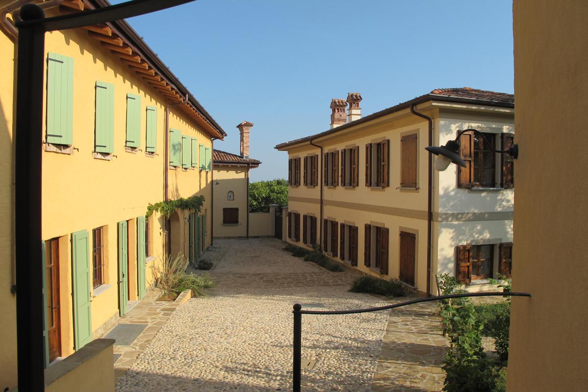 organic farm with great accommodation luxury properties