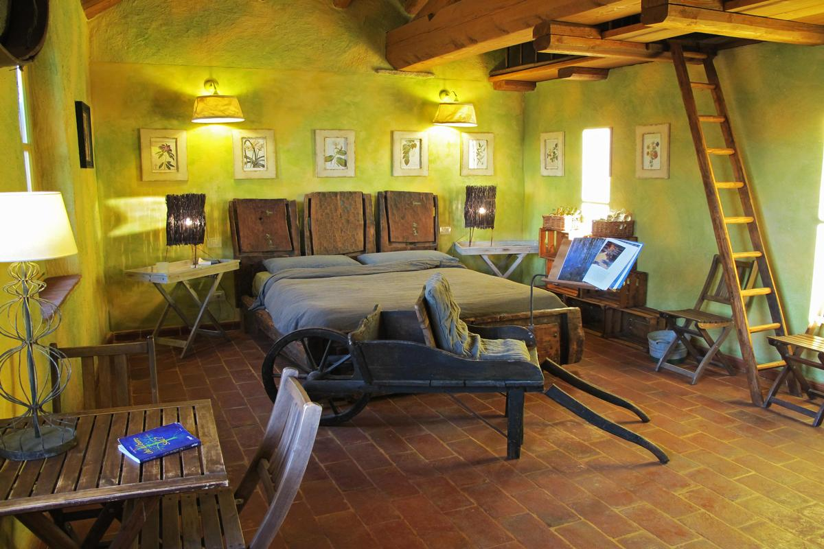 organic farm with great accommodation luxury homes