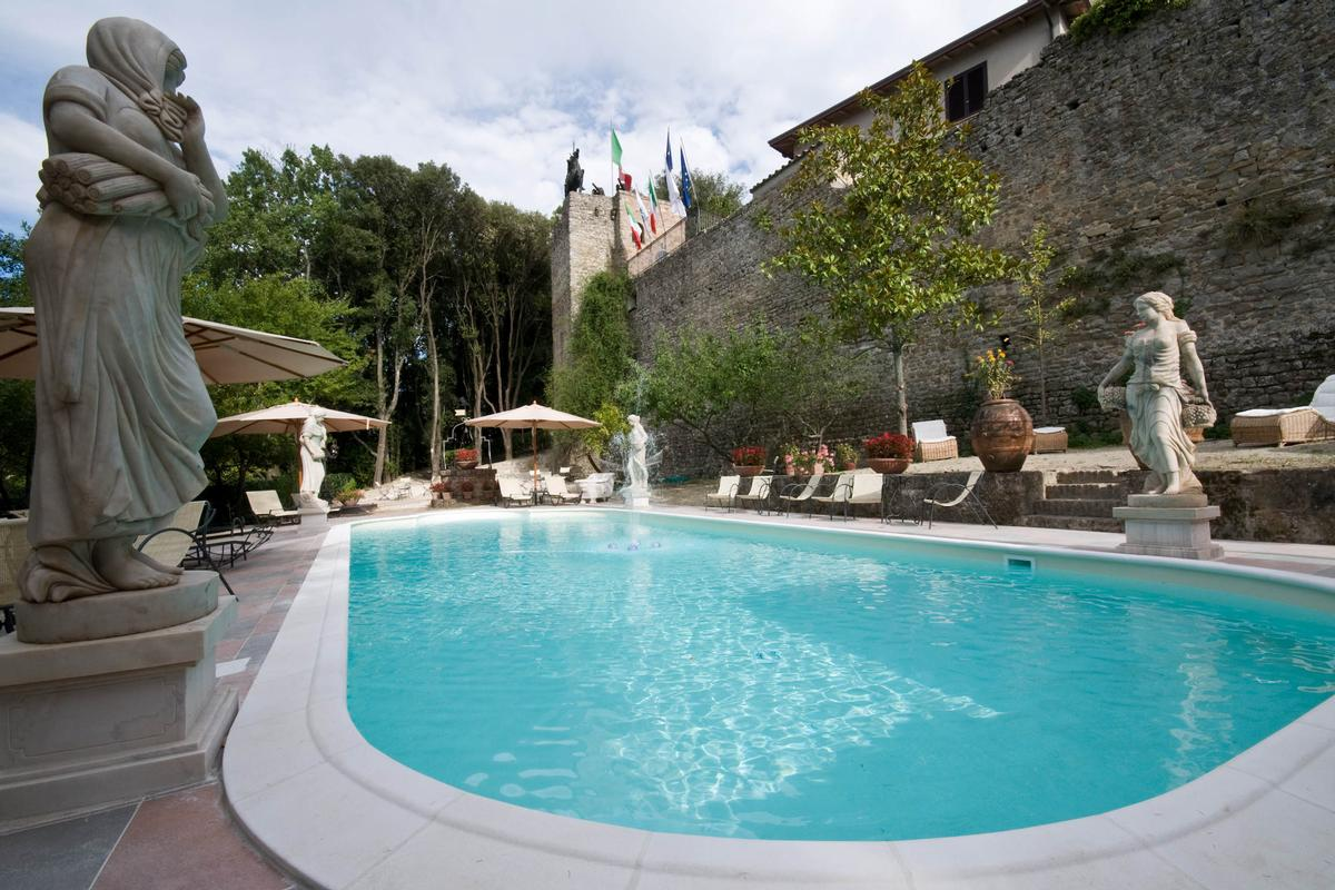 Luxury properties Stunning castle Umbria