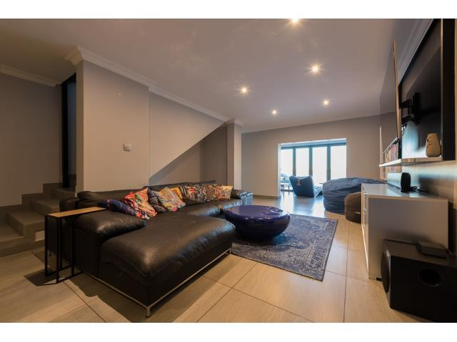 Luxury homes From the Vaal with Love