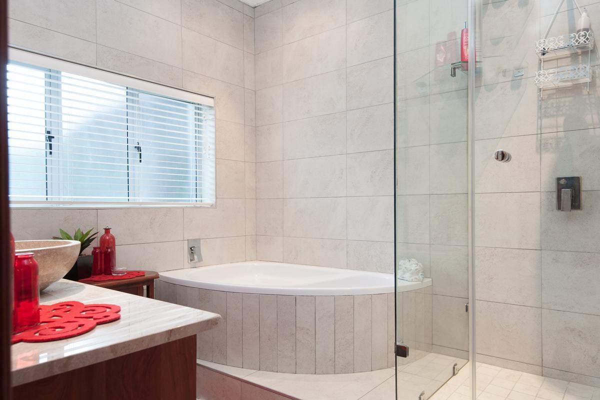 LAVISH BALINESE INSPIRED BEACHFRONT HOME luxury homes