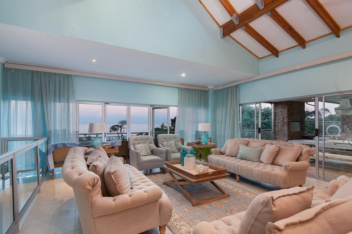 Mansions LAVISH BALINESE INSPIRED BEACHFRONT HOME