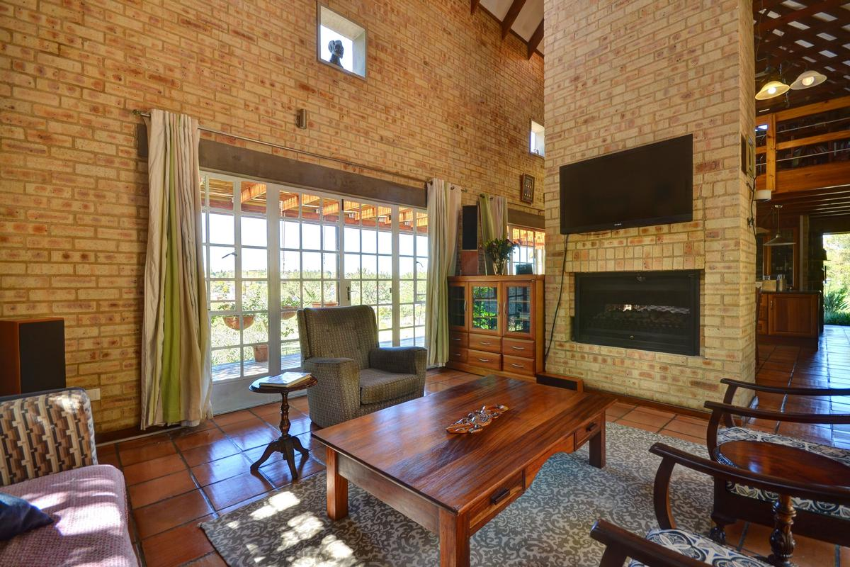 Luxury homes OPPORTUNITY KNOCKS CALLING DEVELOPERS