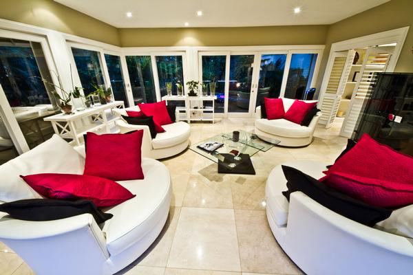 Luxury real estate Newly renovated contemporary home