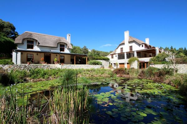 Mansions in EXCLUSIVE RETREAT IN PRIVATE location
