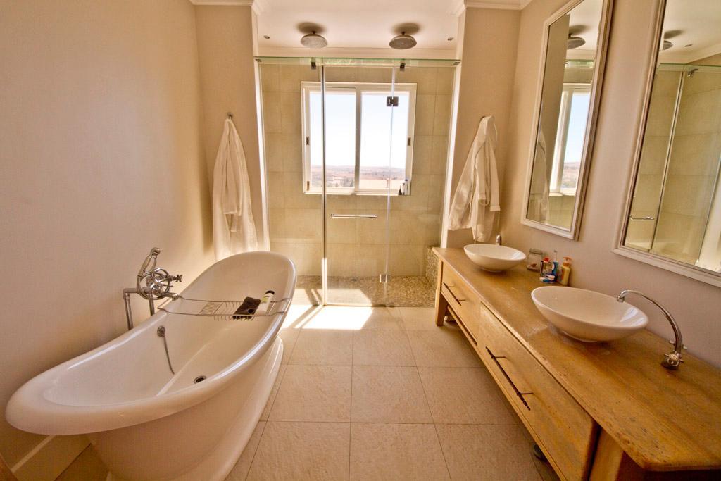Luxury real estate fine Zen creation in Blair Atholl