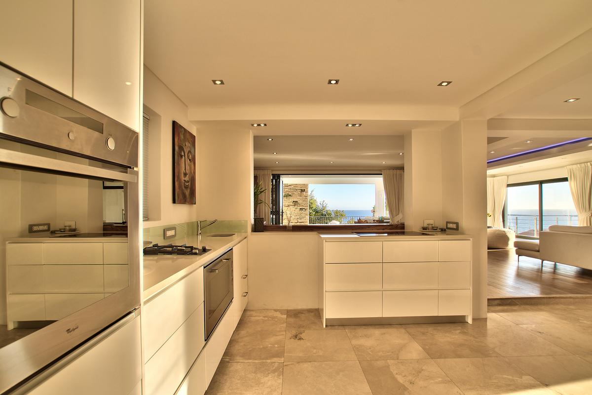 Luxury homes Camps Bay Masterpiece