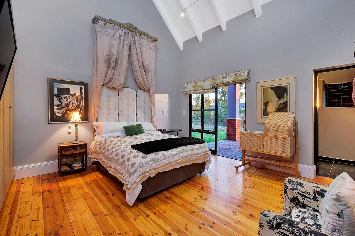 Luxury homes in EQUESTRIAN FAMILY HOME