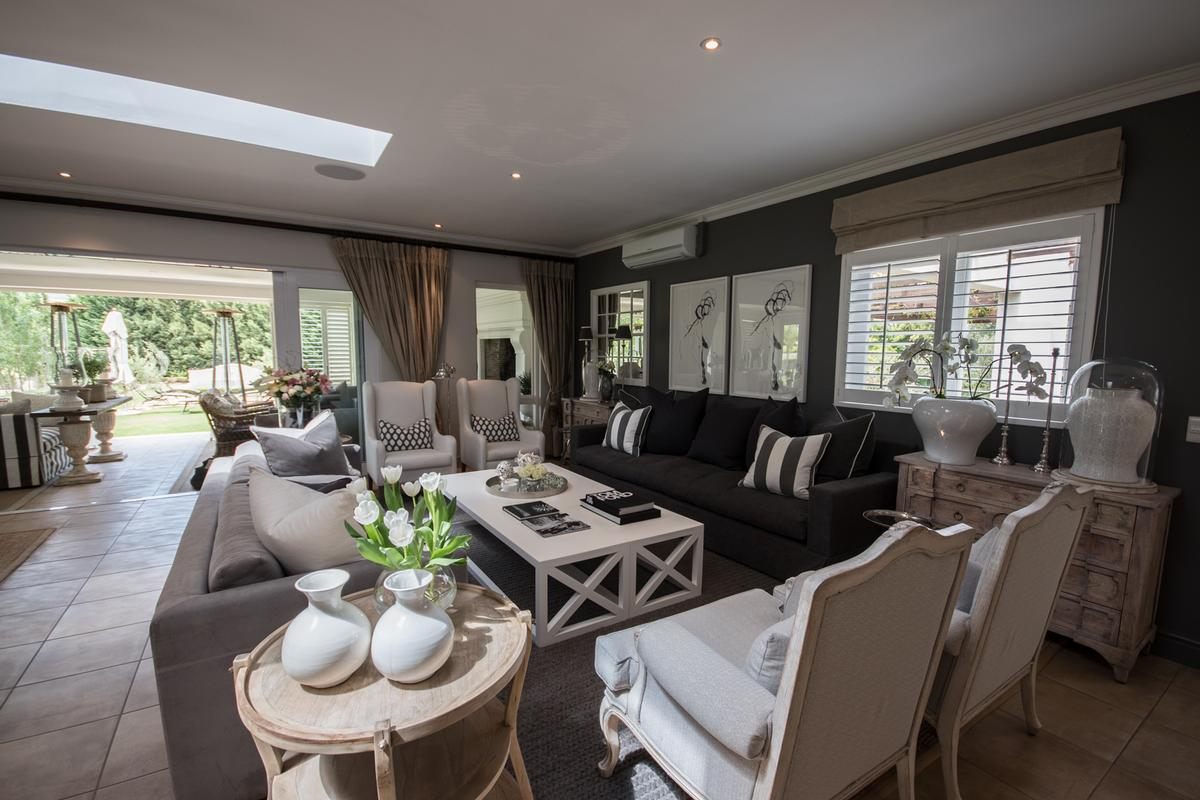 LIFESTYLE ON THE OUTSKIRTS OF DURBANVILLE mansions
