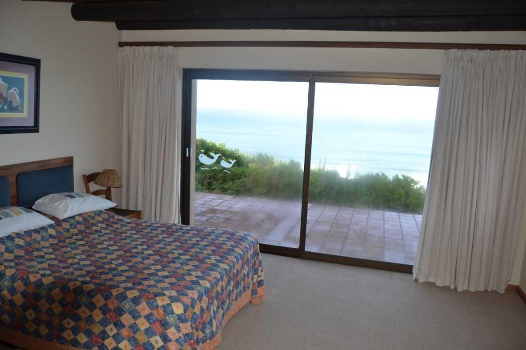 Luxury homes Private coastline property