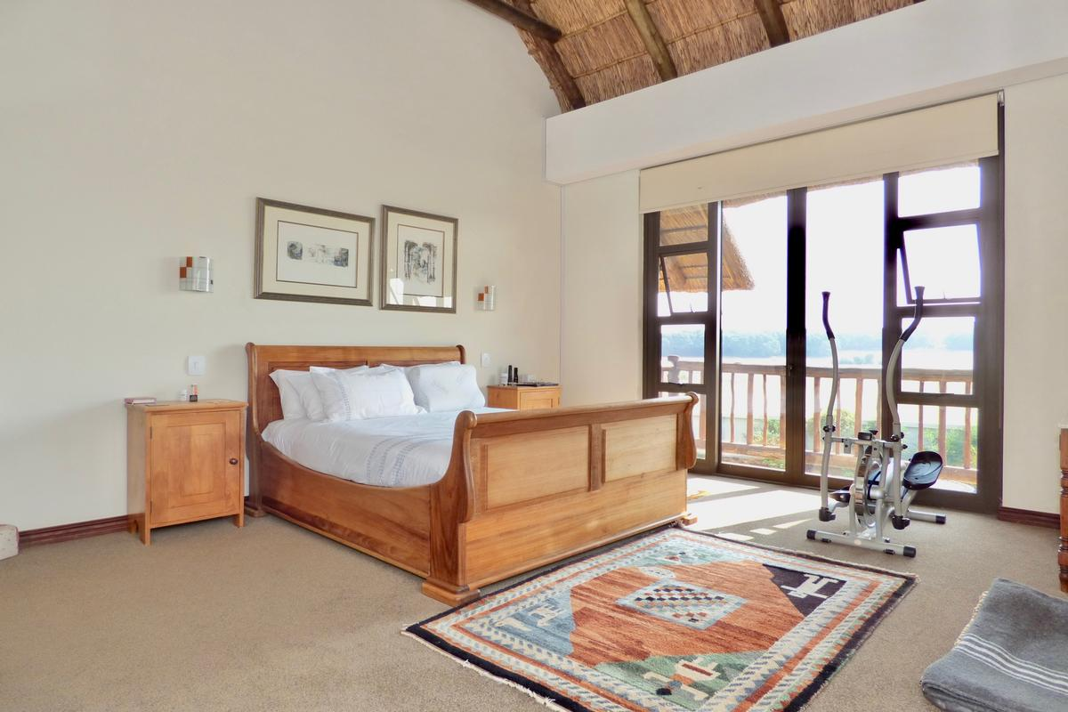 OUT OF AFRICA luxury homes