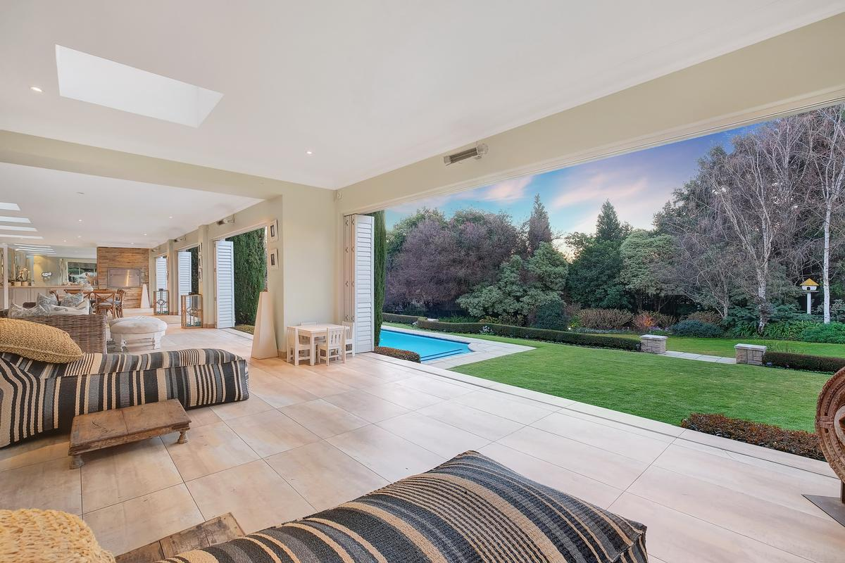 Luxury homes in Style and elegance in Hyde Park