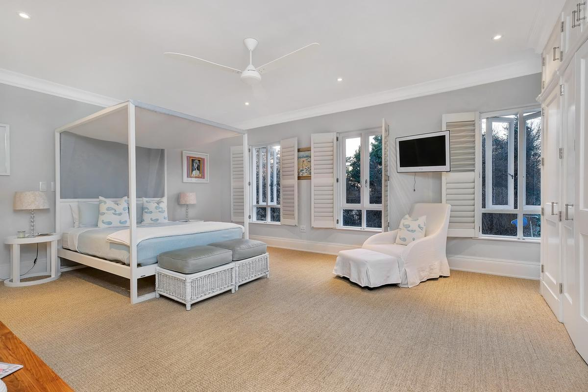 Style and elegance in Hyde Park mansions