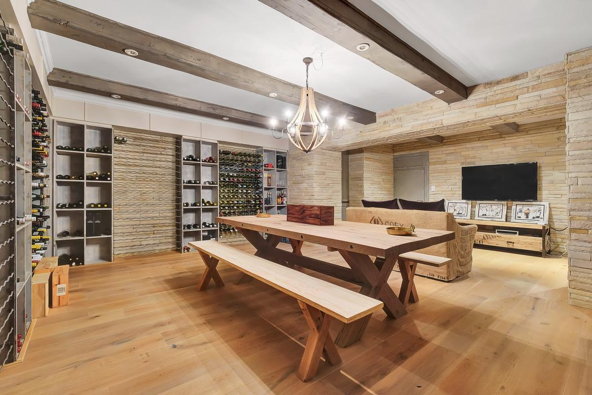 Luxury real estate Style and elegance in Hyde Park