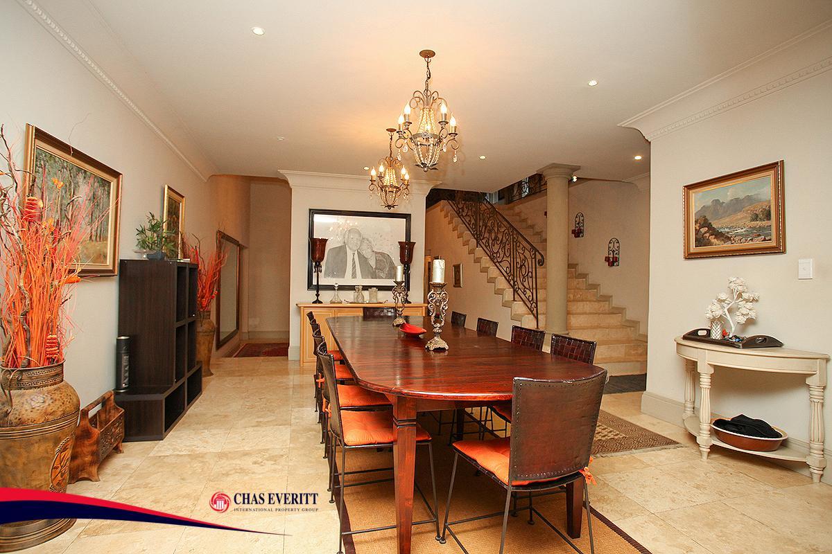 LUXURIOUS EUROPEAN-STYLE RESIDENCE luxury real estate
