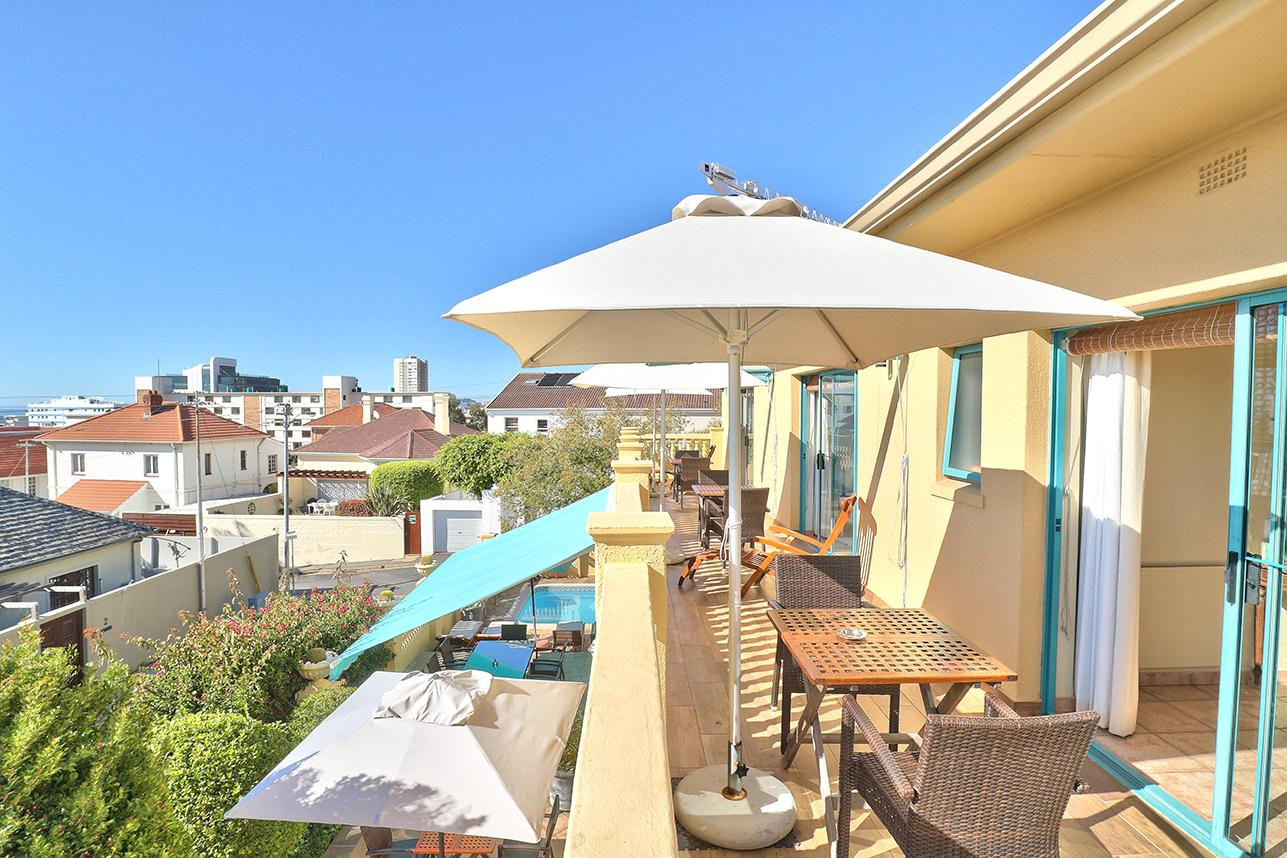 Luxury homes Situated on border of Bantry Bay