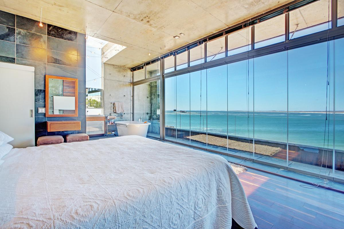 BESPOKE FROM STEM TO STERN in Cape Town mansions