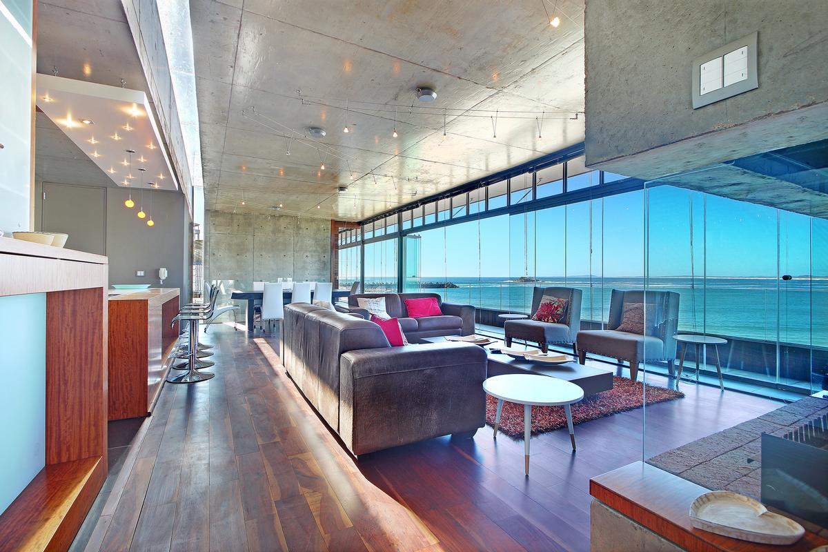 BESPOKE FROM STEM TO STERN in Cape Town luxury homes